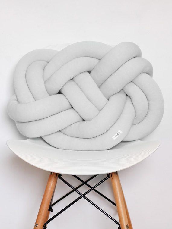 Poduszka Supeł – Knot Pillow – szara