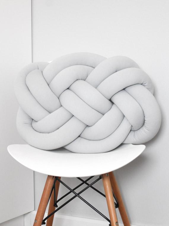poduszka knot pillow pokój dziecięcy