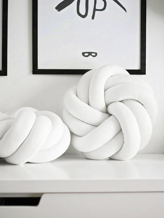 poduszka knot pillow biała